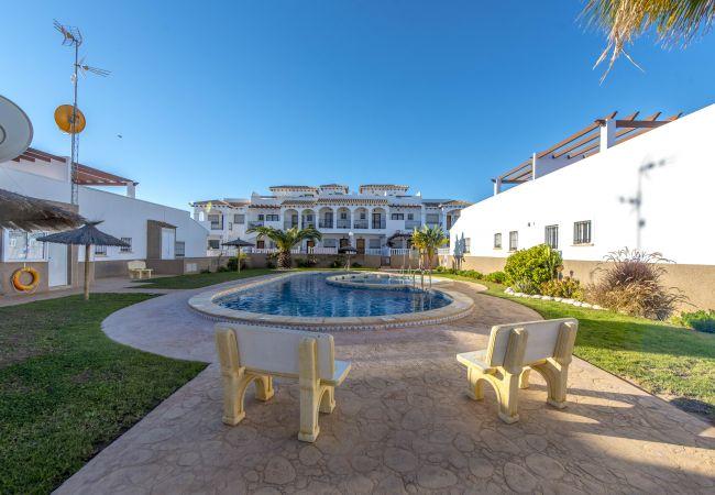 Bungalow avec piscine à Torrevieja